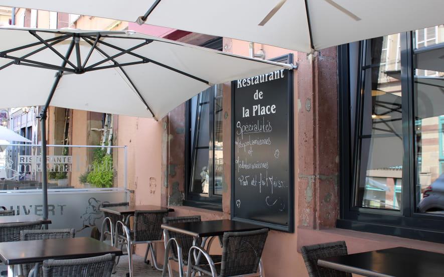 Le restaurant de la place