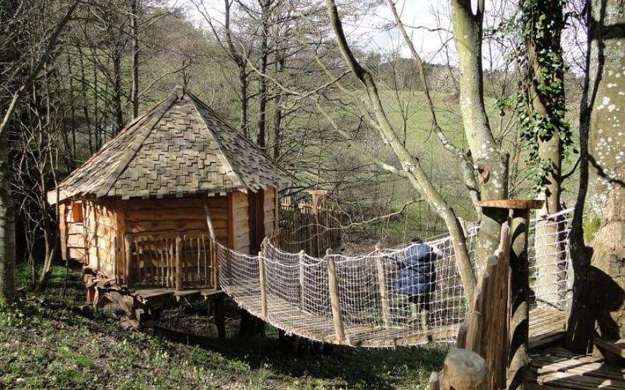 Les Cabanes Essentielles