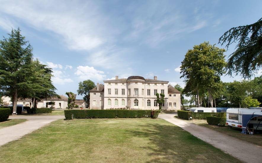 Castel-Camping Château de l'Epervière
