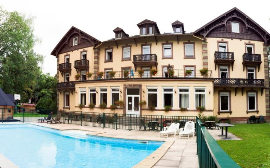 Hôtel-Restaurant Le Grand Hôtel - BRIT HOTEL