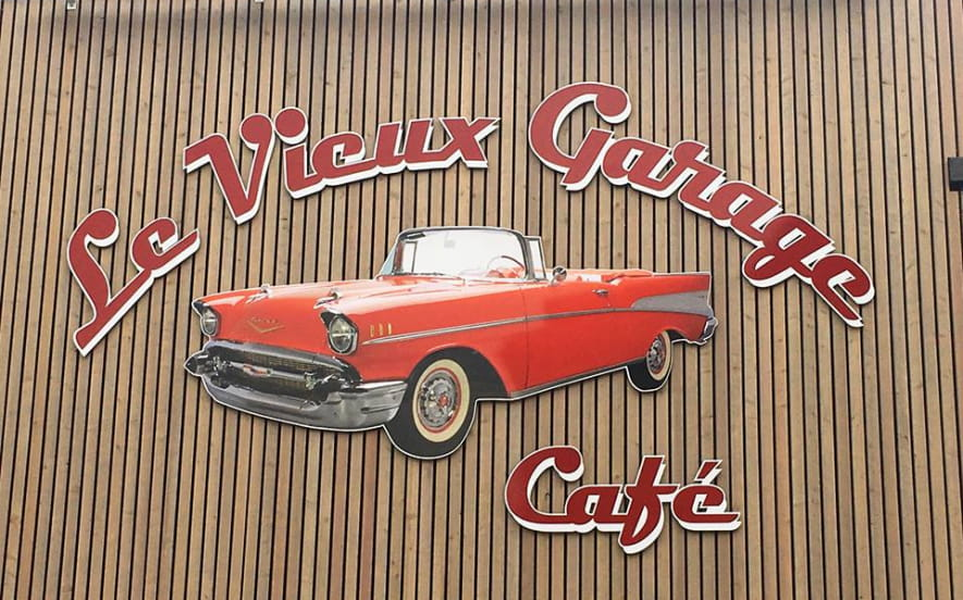 Le vieux garage café
