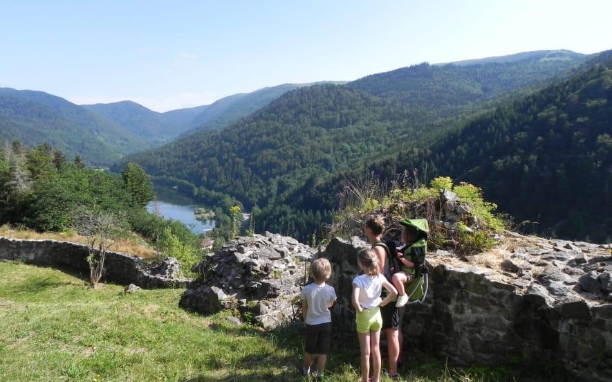 Balades en famille « Les ruines du château de Wildenstein, circuit du Schlossberg »